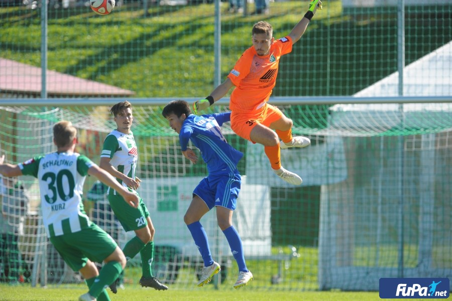<a class=&quot;amazingslider-posttitle-link&quot; href=&quot;http://www.svs-passau.de/remis-zu-hause-gegen-aschaffenburg-schalding-verliert-zwei-punkte&quot;>Remis zu Hause gegen Aschaffenburg - Schalding verliert zwei Punkte!</a>